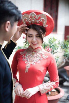 Vigo chuyên cho thuê các loại áo dài như: áo dài cô dâu, áo dài bưng quả… Mọi chi tiết quý khách liên hệ 0932727355 để được báo giá