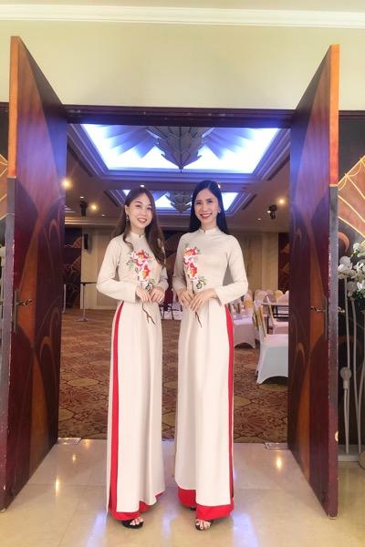 Áo dài Nude được rất nhiều khách hàng sử dụng cho các sự kiện đặc biệt của công ty. Quý khách liên hệ Vigo để được tư vấn kỹ hơn về mẫu áo dài này